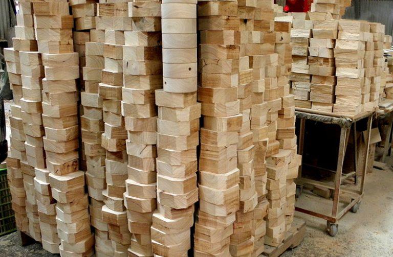 Fabrication socles en bois